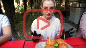 Чемпионат по поеданию бургеров